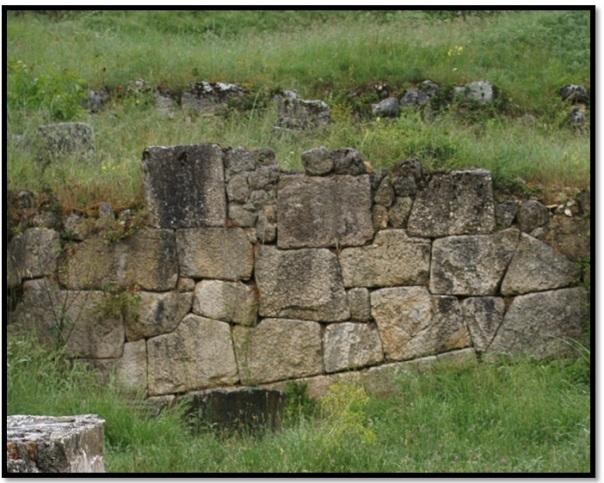 Cyclopean-Ruins-Alba-Fucens-4