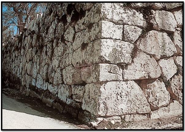 Cyclopean-Ruins-Alba-Fucens-5