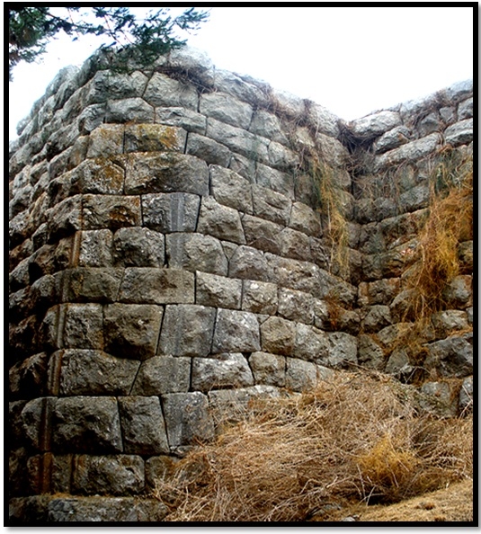 Cyclopean-Ruins-Assini-1