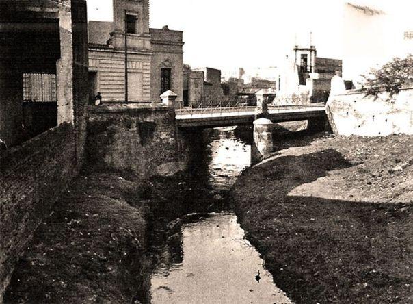 cañada esq casi Duarte Quiros 1927
