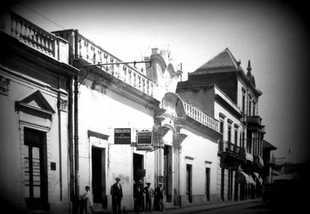 calle alvear entre 25 de mayo y Rosario de Santa Fe 1910