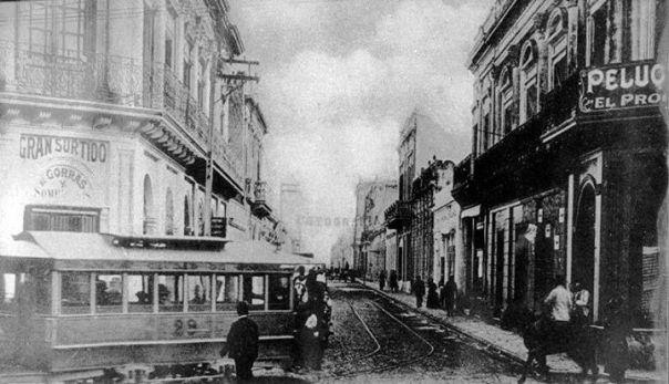 Calle (hoy avenida) Colón fines de siglo 19
