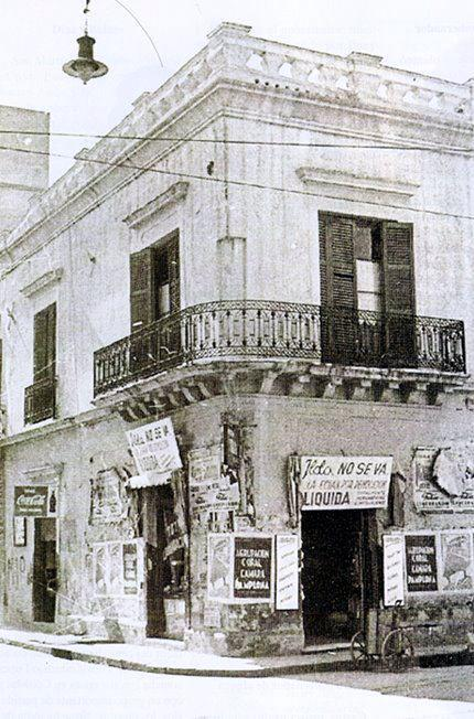 casona ya desaparecida calle 25 de Mayo y Alvear