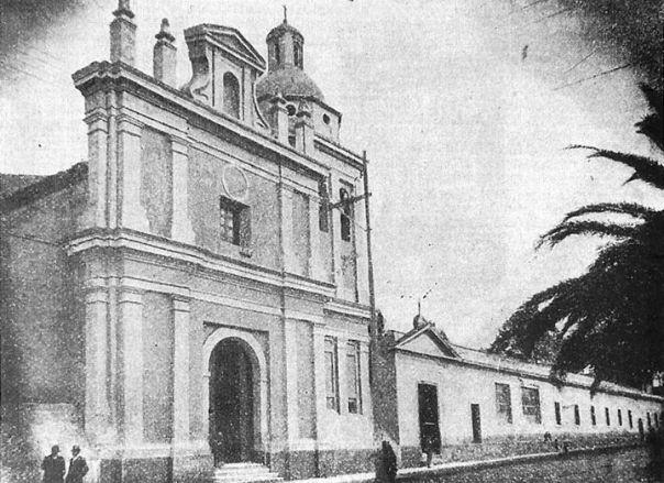 La Iglesia y el Hospital San Roque, sobre calle Obispo Salguero en su primer cuadra fines siglo 19