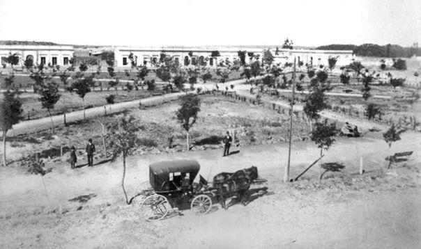 La Plaza Juarez Celman, actual Plaza Alberdi, ubicada en lo que por entonces era pueblo General Paz siglo 19