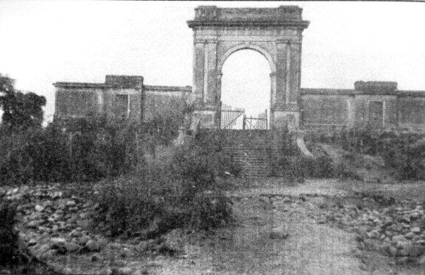 porton del antiguo hipodromo nacoinal 1887