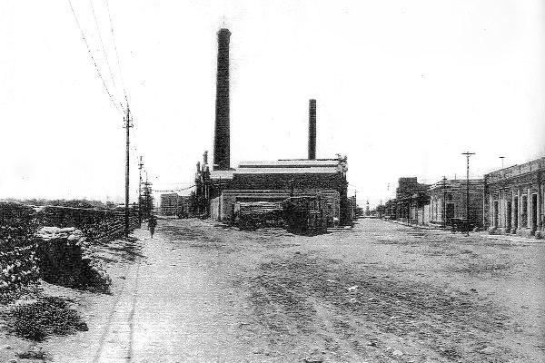 Vista de la usina La Tablada en el año 1924, Costanera esquina calle La Tablada