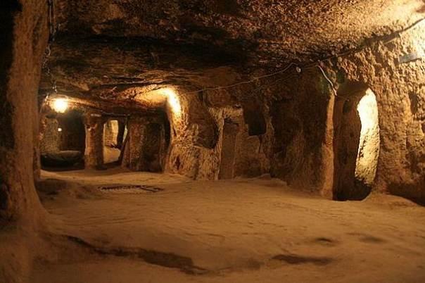 spyro y shinryu: guerra en la interdimension Underground-cappadocia
