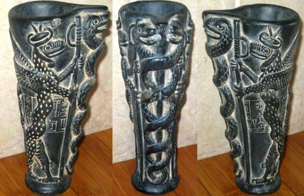 serpentgudeavase01-1