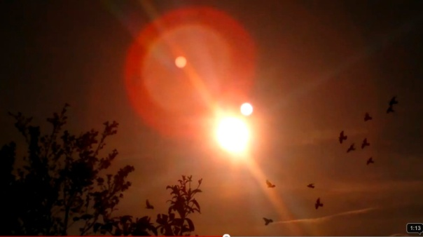 contrailscience.com_skitch_Weird_Sun_or_two_3F_13th_May_2012_UK___YouTube_20120517_105418